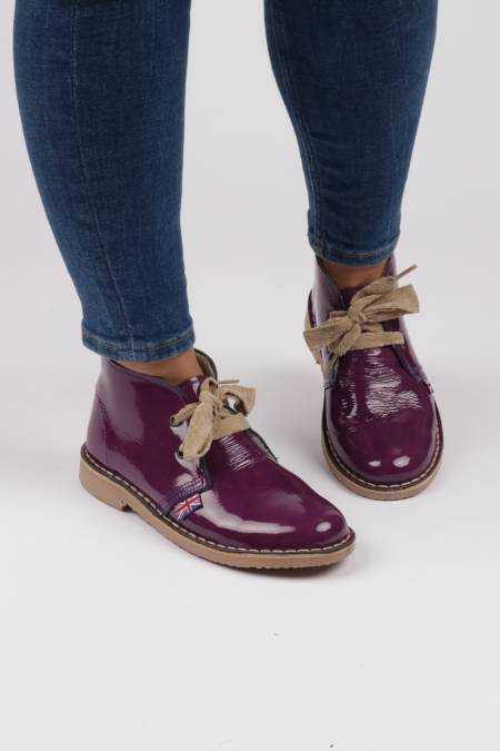Desert boot lilac patent...