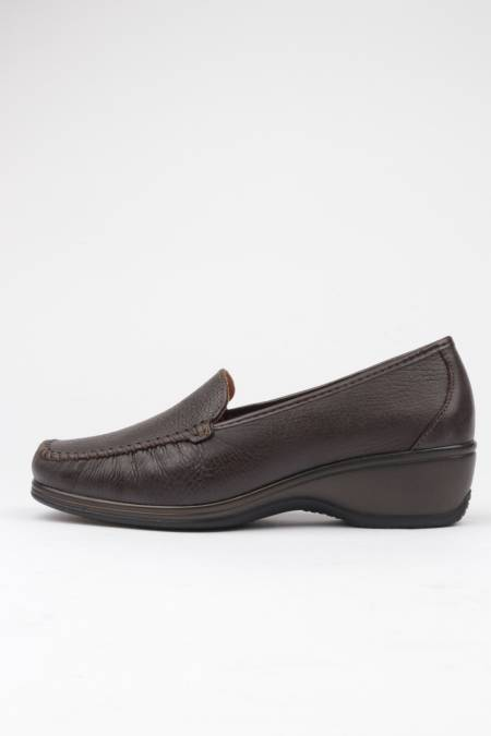 Brown moccasin with removable