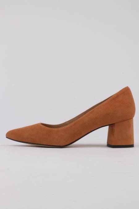 Stilettos color coñac con...