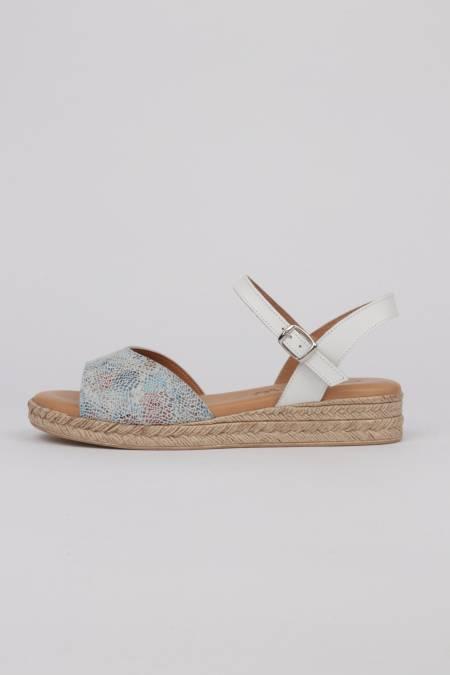 Flat white sandals Fanny...