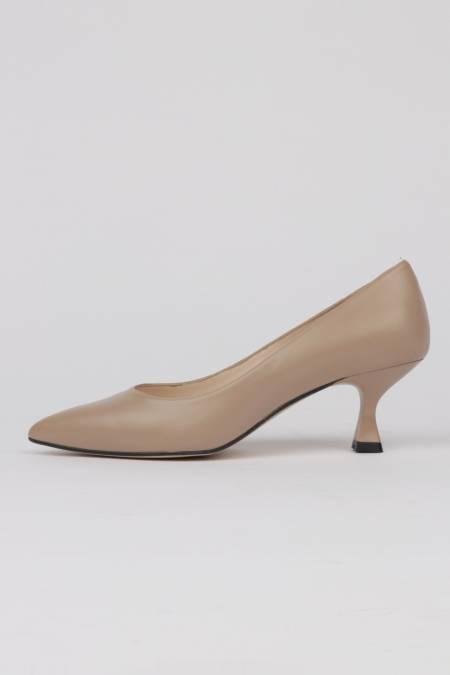 Tan leather mid heel pumps