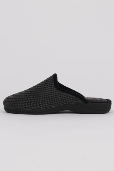 Men's home slippers black...