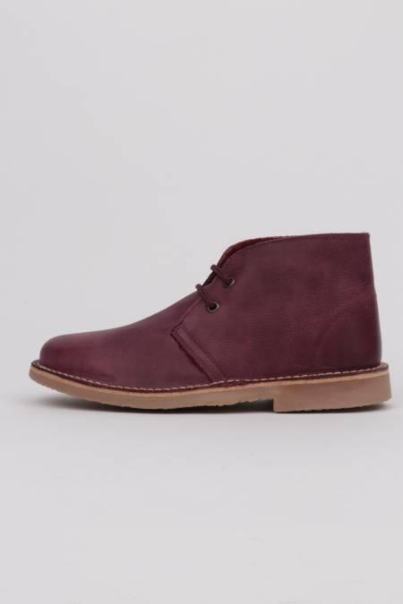 Leather desert boots warm...