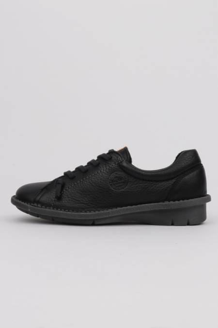 Woman black shoes with...