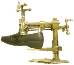 Horma profesional para ensanchar los zapatos